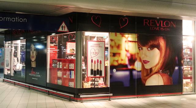 temporary store revlon napoli 02