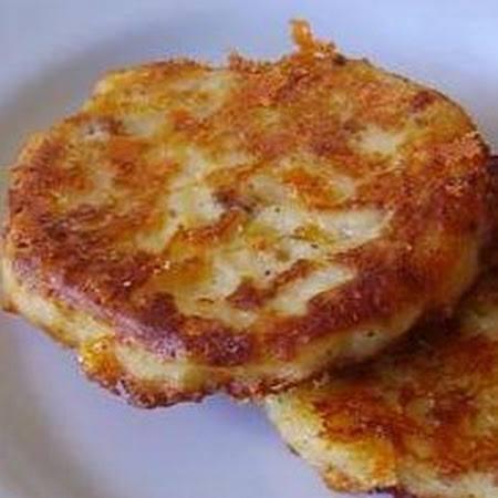 The Crazy Moore Family: Bacon Cheddar Potato Cakes
