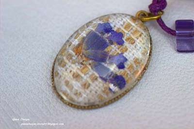 gunadesign Necklace Memories of France lavander cabochon