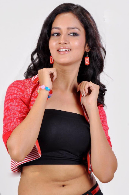 Shanvi  latest wallpapers