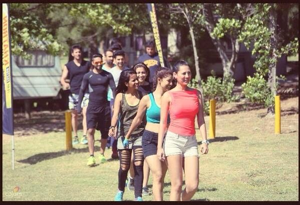 Fear Factor Khatron Ke Khiladi contetsants in a row in episode 1 that featured snakes, chopper and speedy boats