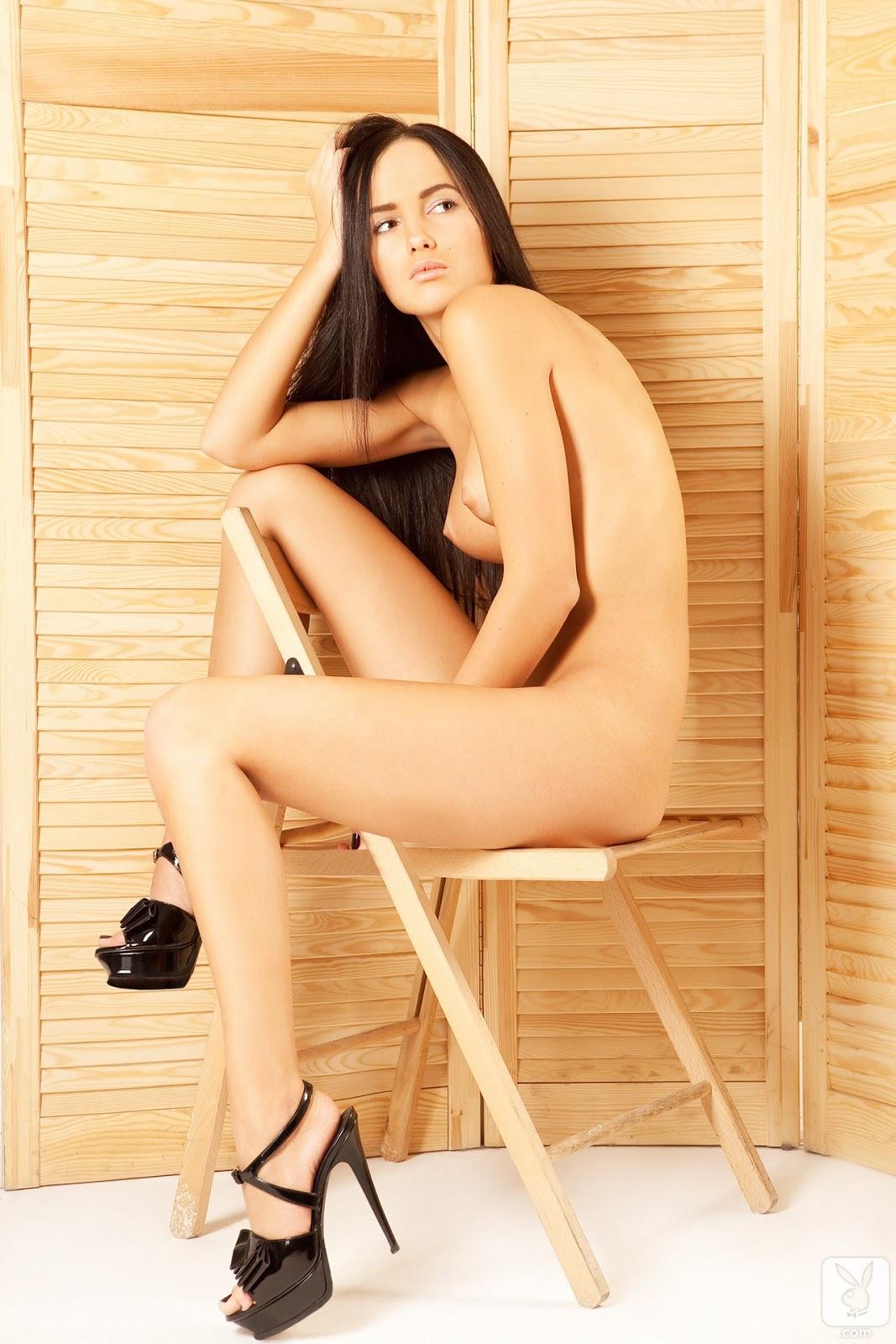 eroticheskie-fotki-dashi-bondarenko