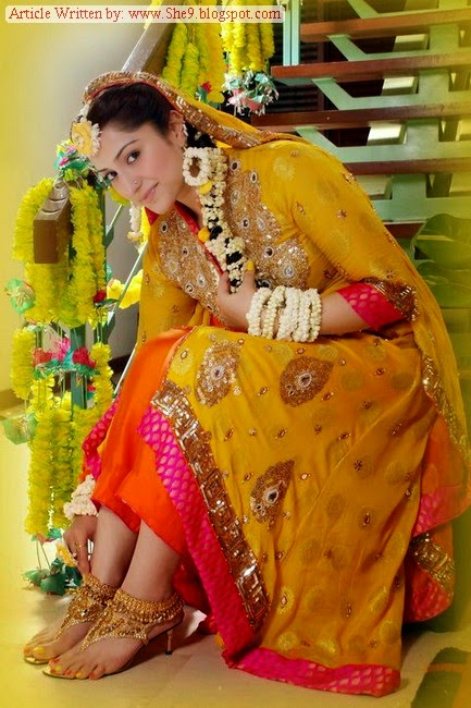 Mehndi Event Dresses Pictures