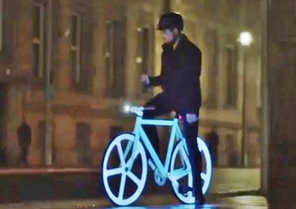 Bicicleta que brilha no escuro usa tinta fotoluminescente