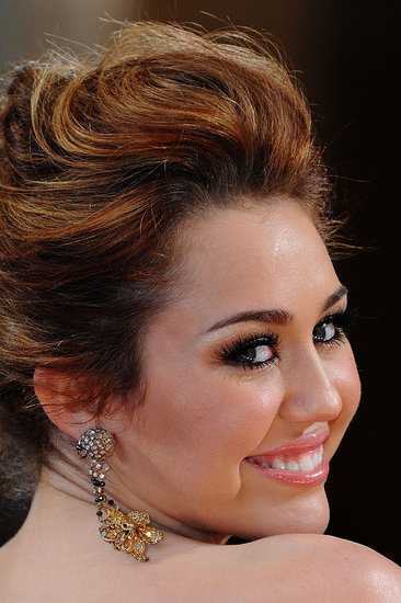 miley cyrus 2011 hair. miley cyrus style 2011.