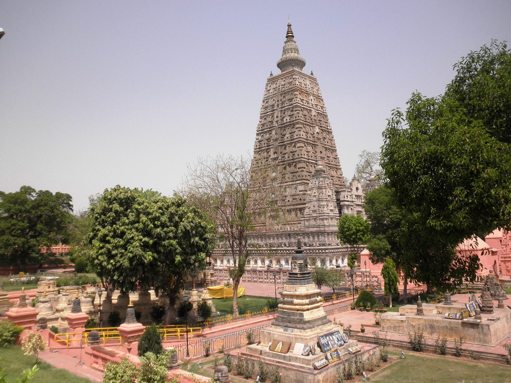 Gaya India  City new picture : Mahabodhi temple, Bodh Gaya, Bihar ~ Popular Temples of India