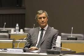 """""""Allô Bernard?"""" Quand Ayrault prend Cahuzac pour Cazeneuve"""