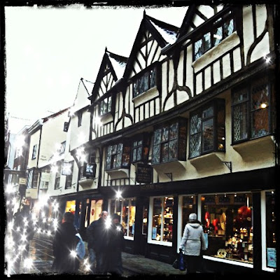 York Yorkshire Shopping Stonegate Tudor