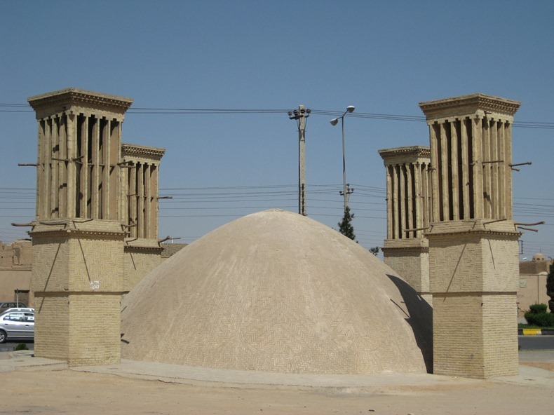 ice-house-iran-8%255B2%255D.jpg