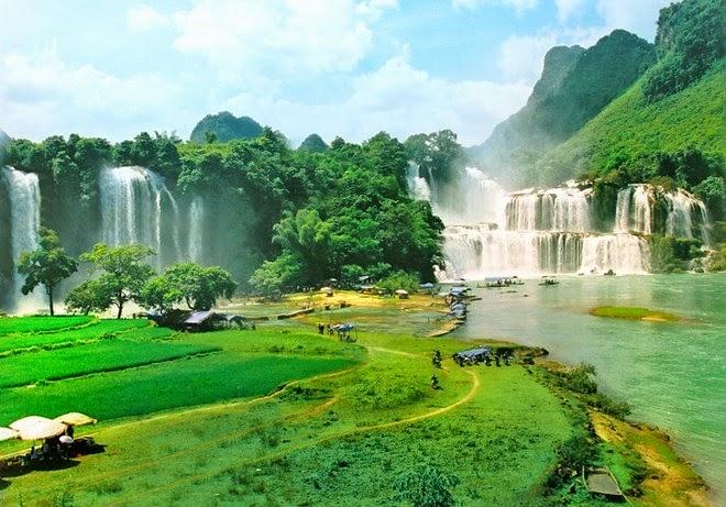 Ban Doc - Detian Waterfall in Southeast Asia