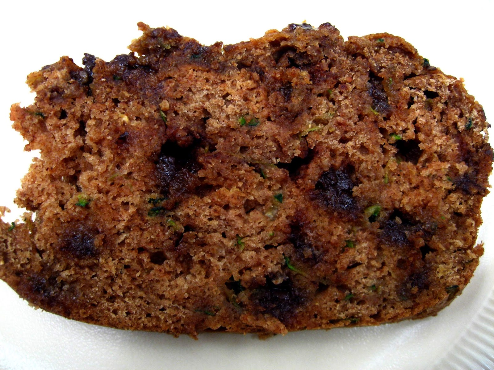 yellebellyboo: Low Fat Chocolate Chip Zucchini Bread