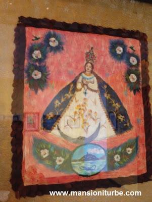 Virgen de la Salud de Pátzcuaro, tecnica de Arte Plumario.