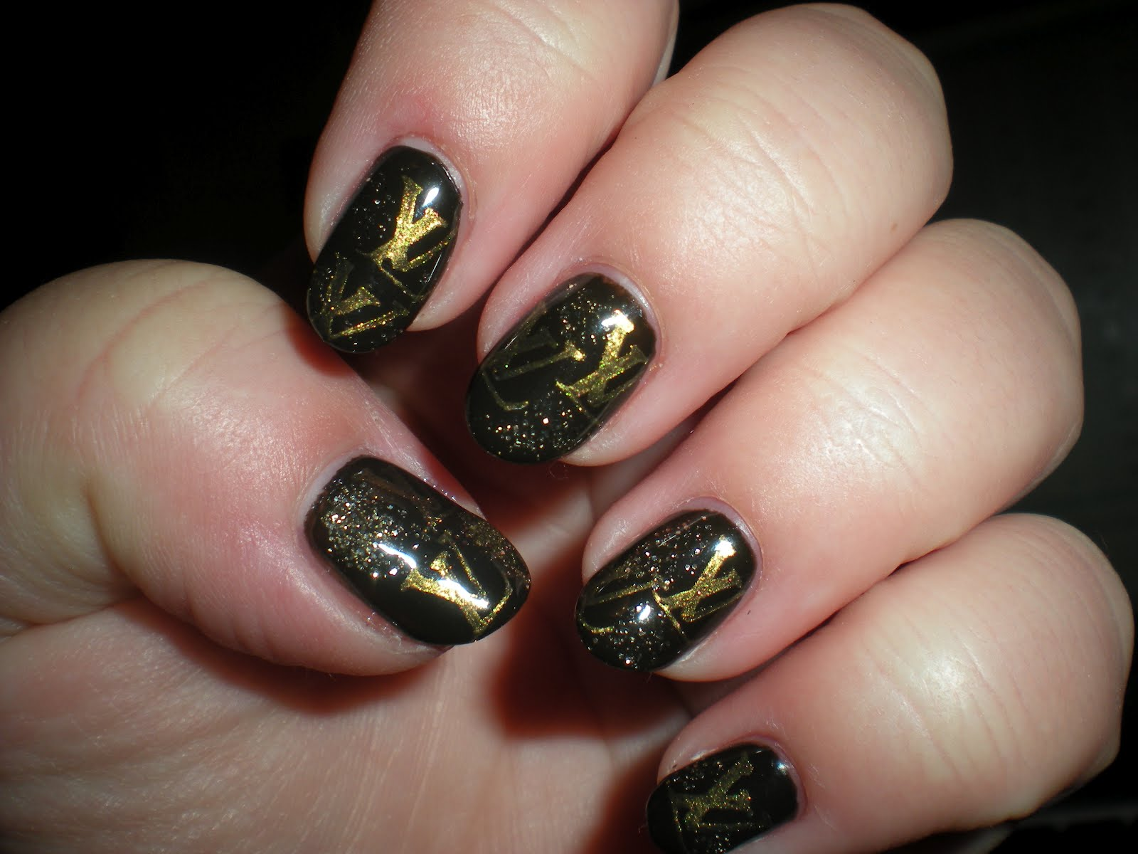 Nail Art World - gallery of nail design: LV Nails