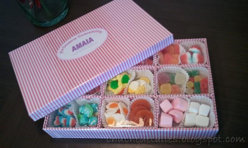 Chuchedetalles pamplona caja surtida de chucher as para - Cajas de madera para chuches ...
