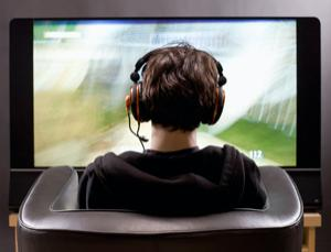 Playing PC games on TV is The New Gaming Technology