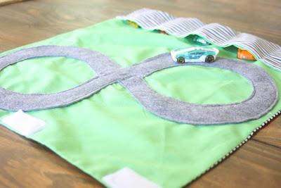 http://2.bp.blogspot.com/-iQGGoYFLY2I/UJ7AGWCdBuI/AAAAAAAANm8/86nphdMevCA/s1600/young+boy+gift+idea.JPG