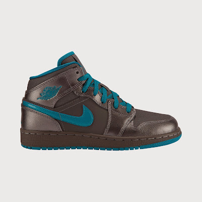 Air Jordan 1 Mid (3.5y-7y) Girls' Shoe # 555112-027