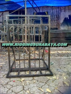 foto gambar contoh barikade pagar besi