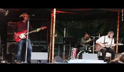 Donkey Saplot trio blues concert Rosnoën avant Transit et Daonet
