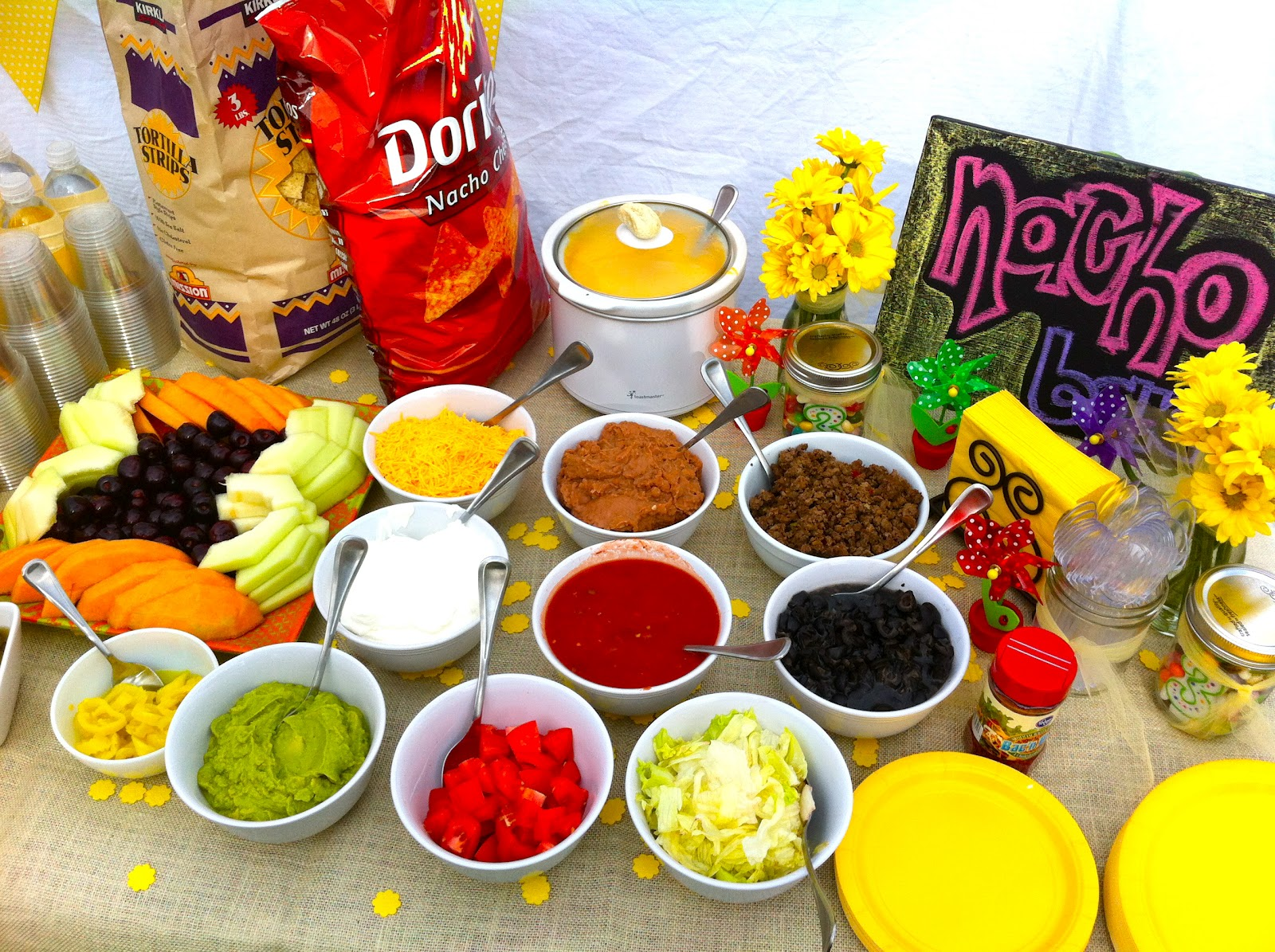 Genial Nacho Bar: Regular Or Nacho Cheese Chips With Endless Toppings.