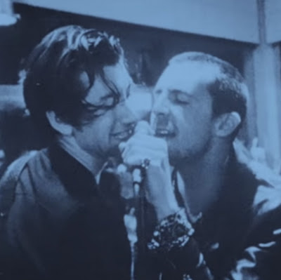 "THE LAST SHADOW PUPPETS ""Bad Habits"""