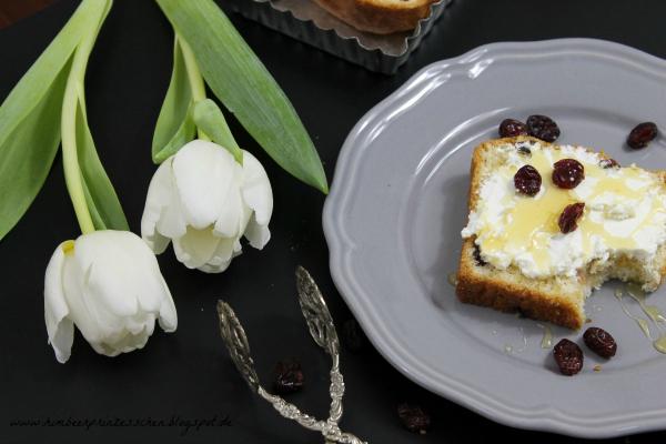 Experimente aus meiner Küche: Cranberrie Stuten #breadbakingfriday