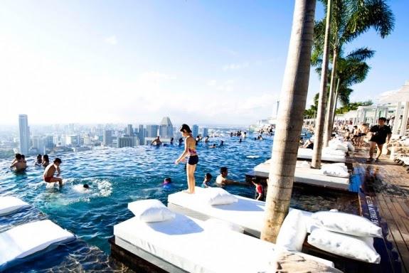 Travel Toursim Top 10 Most Beautiful Swimming Pools In The World