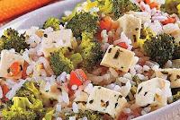 Arroz com Tofu e Brócolis (vegana)