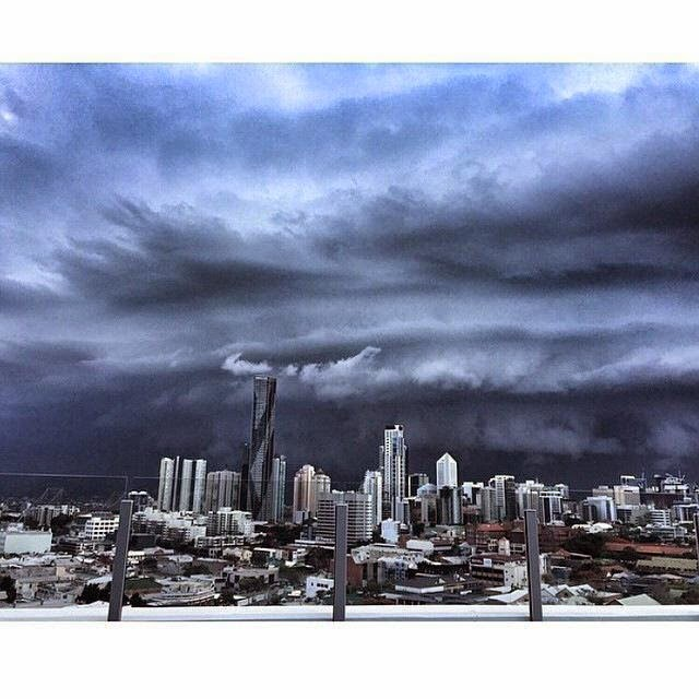 Apocalyptic looking storm over Brisbane CBD