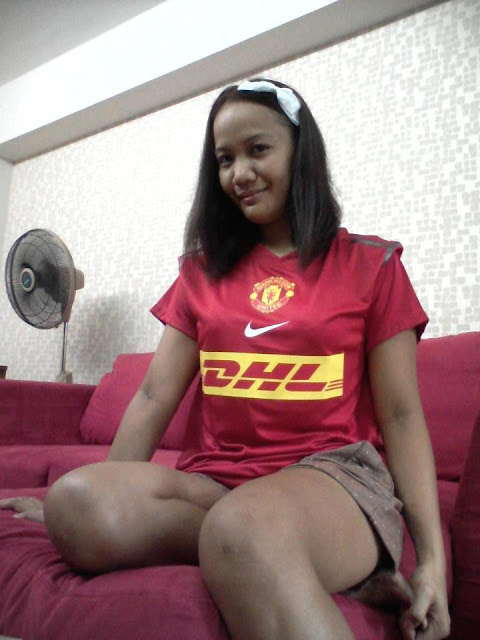 Manchester United Girl from The Philippines