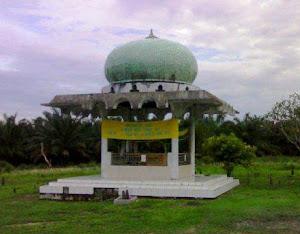Makam Syarif Ali