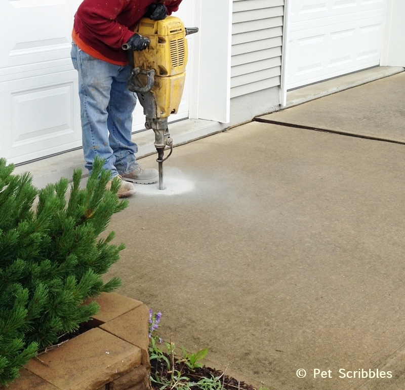Mudjacking is a way to raise sinking concrete driveways, sidewalks or concrete slabs (like a patio) back up to where they should be.