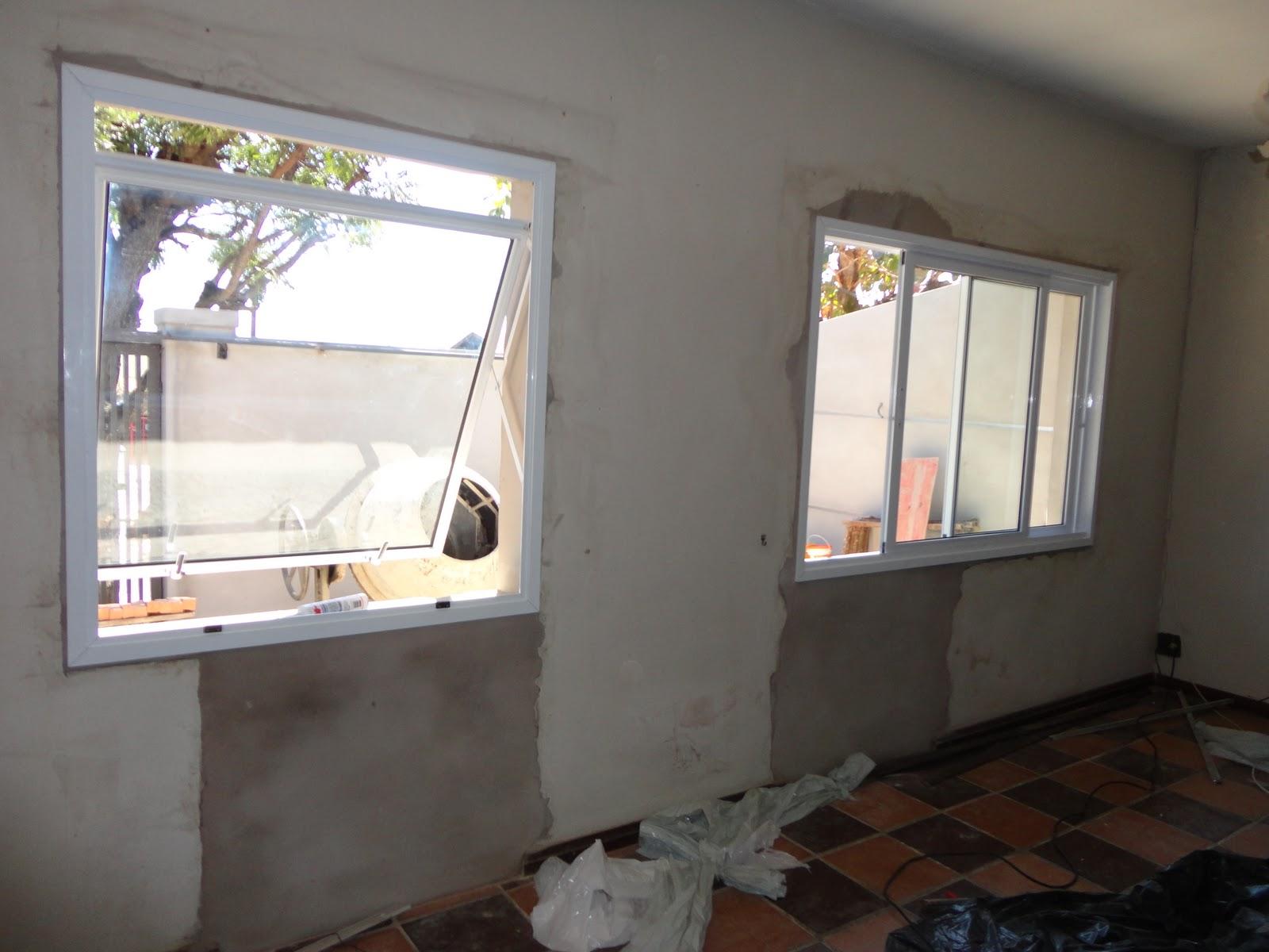 #896C42  reforma de nossa casa: Luz e beleza: janelas amplas e porta veneziana 4408 Janela Aluminio Maxiar