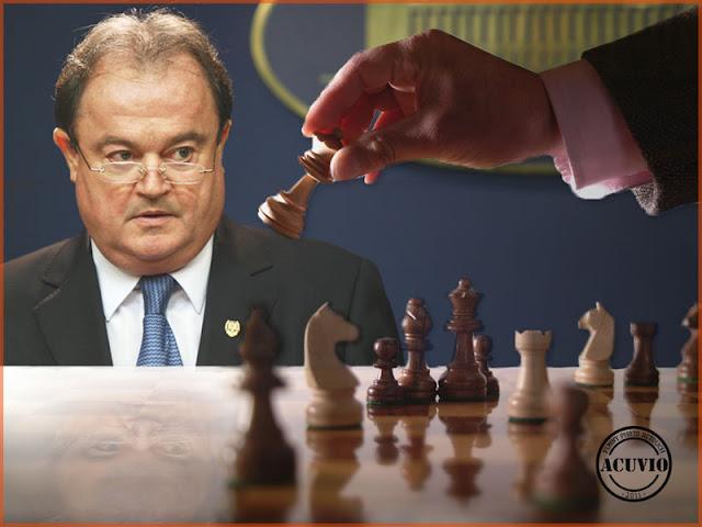 Funny photo Vasile Blaga Control vami