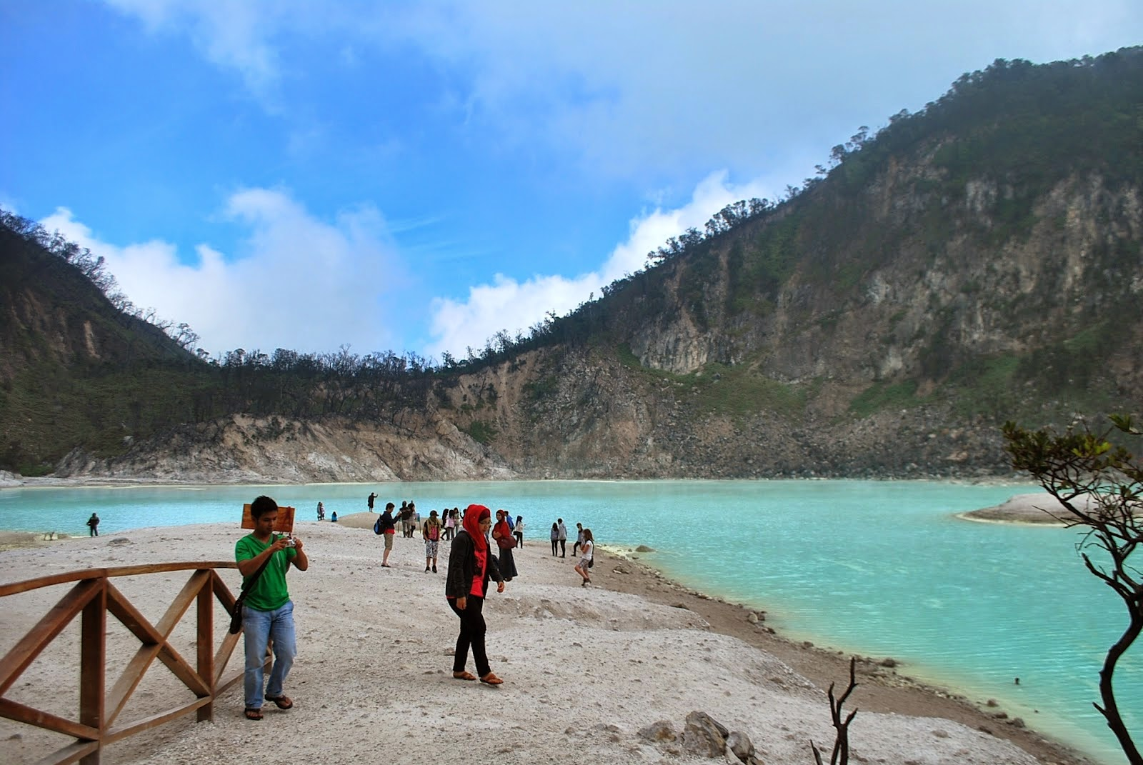 Kawah Putih Ciwidey - Bandung