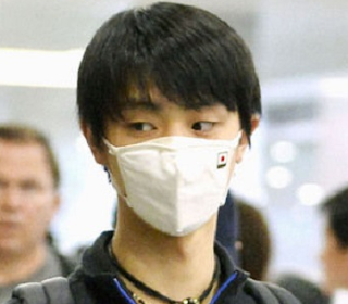 1万円 高級 マスク 羽生結弦 くればぁ 高性能 フィルター 花粉症 PM2.5 シャットアウト 予防 対策