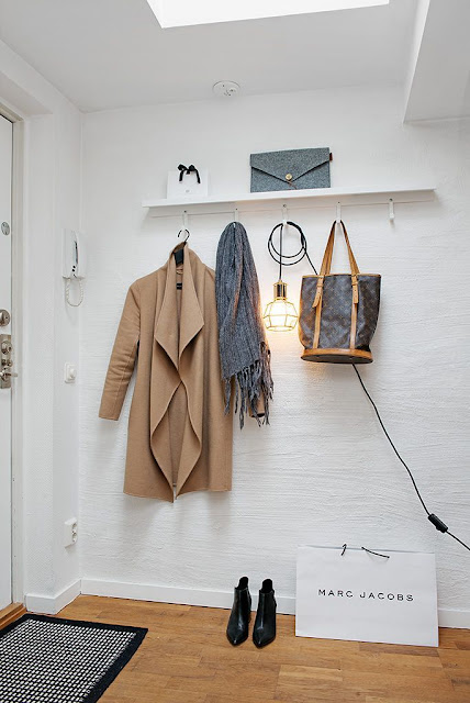 http://interiorcollective.com/lifestyle/how-to-design-functional-entryways