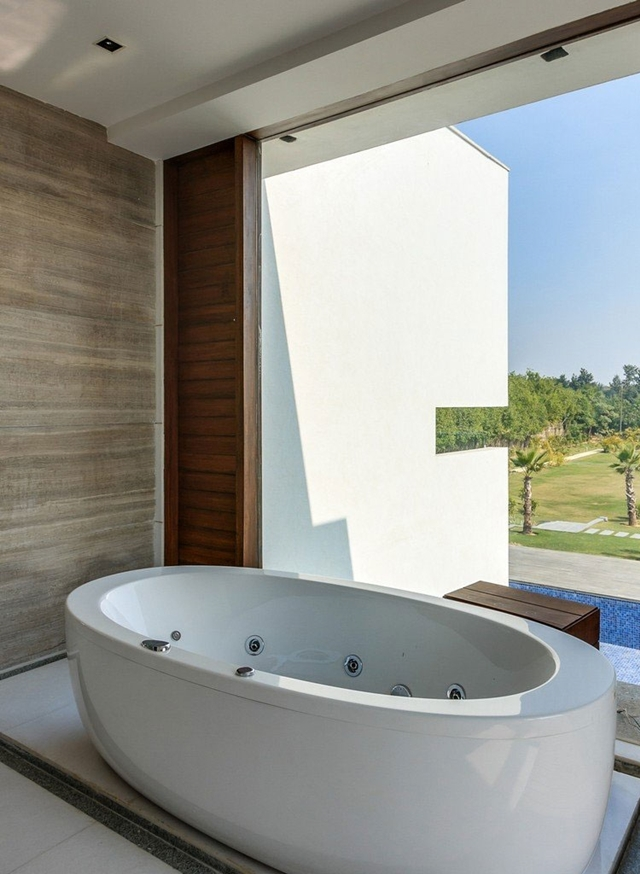 White modern bathtub
