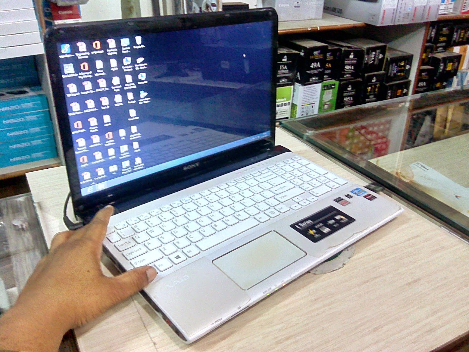 Sony Vaio Laptop core i5 (SVE151B11W) Price, Specification & Unboxing
