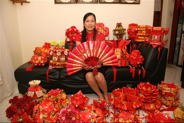 Malaysia writing diy ang pao for Ang pao decoration