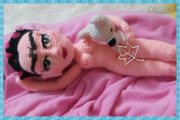 Amigurumi Frida Kahlo : Cubretaza a lo frida kalho crochet cositas mías