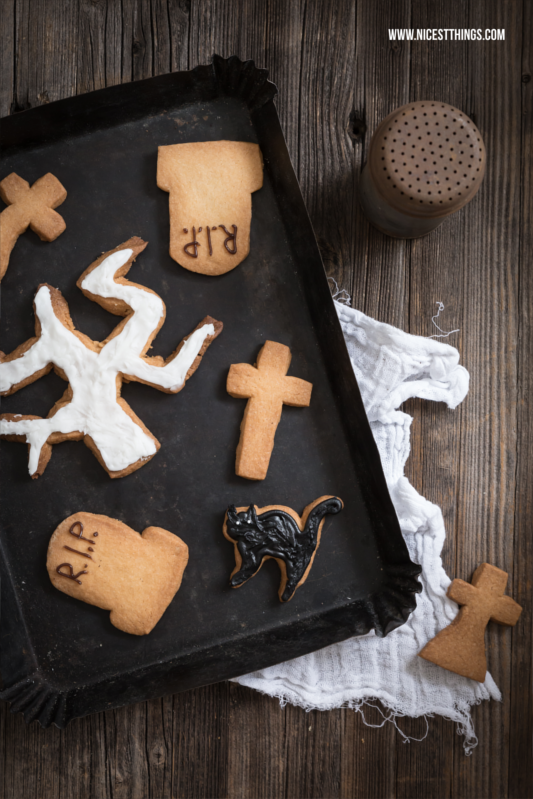 Halloween Cookies: Tombstones, Tree, Cross, Cat