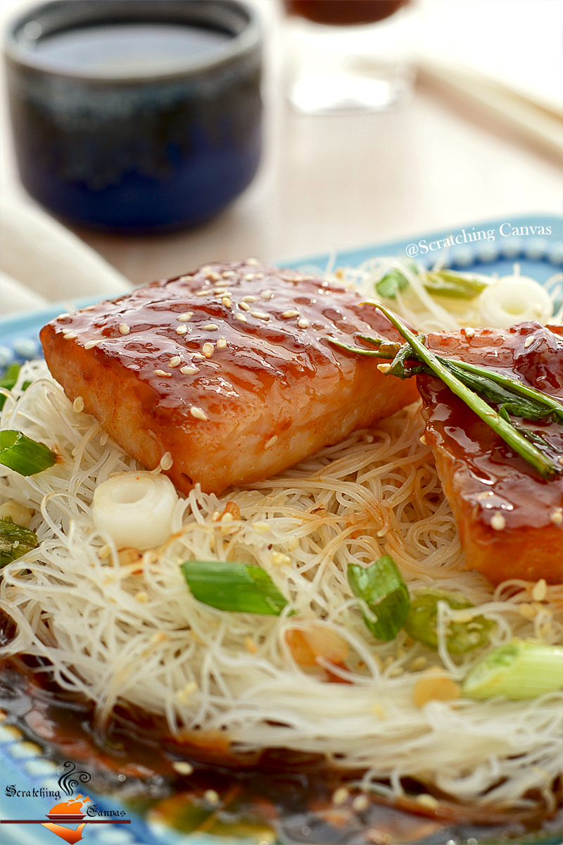 Fish+Teriyaki+Rice+Noodles.06.jpg