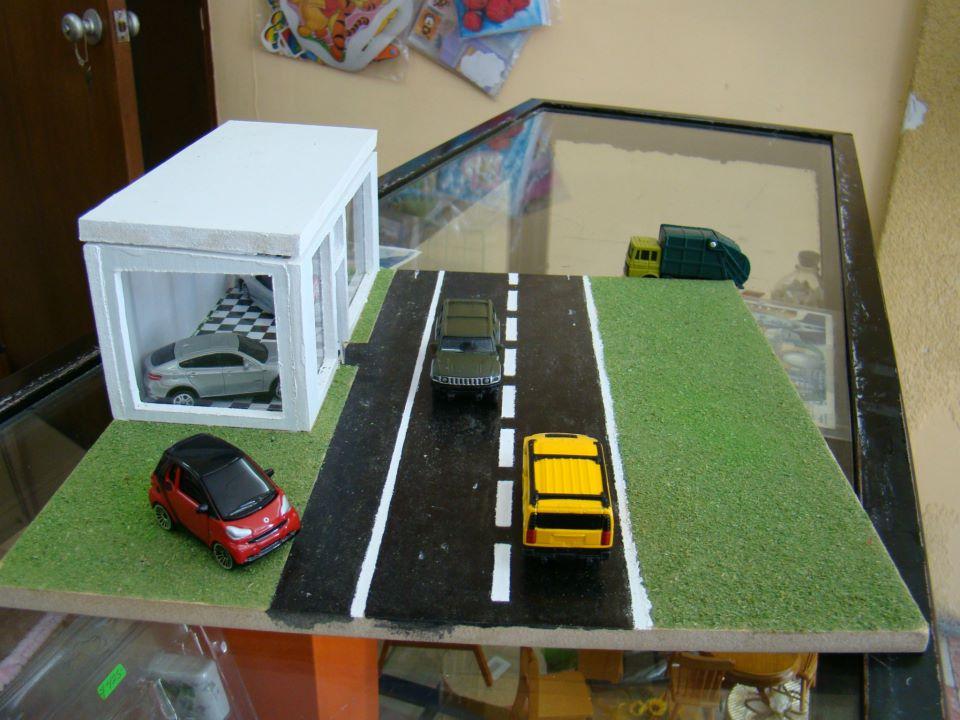 La casa del mueble en miniatura pako s garage for Casa del mueble
