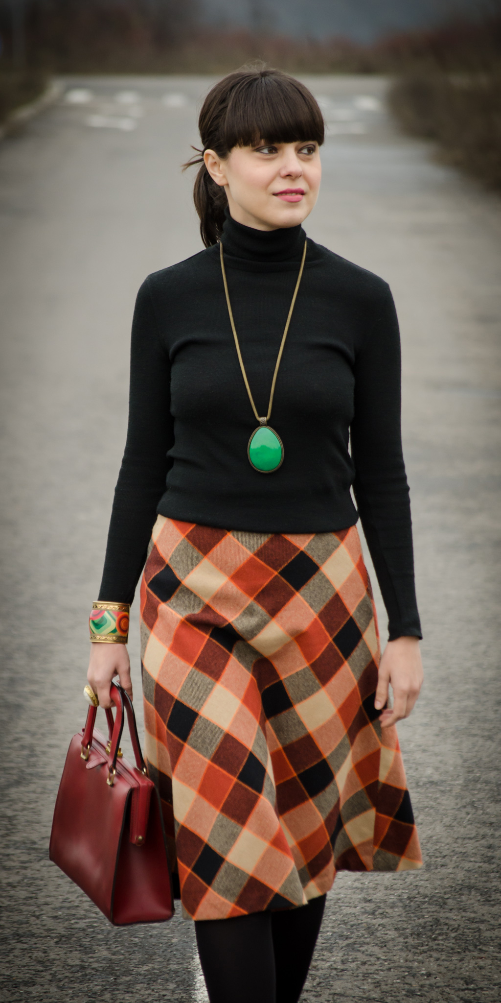 a-line checkers skirt 70s black turtleneck vintage thrifted koton burgundy shoes handbag high heels statement green jewlery necklace