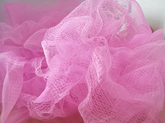 Ne jetez plus vos anciennes fleurs de douche mon blog malin astuces conso recettes bons plans - Faire une fleur ...