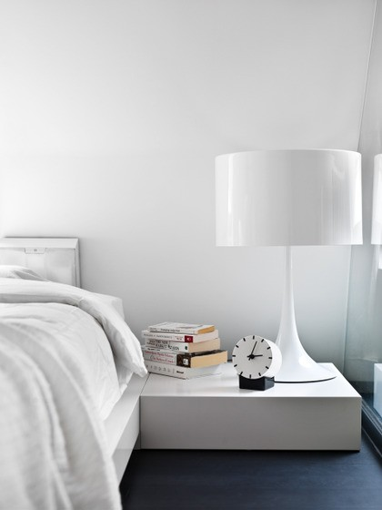 Lamb blonde beautiful white bedrooms for White minimalist bedroom