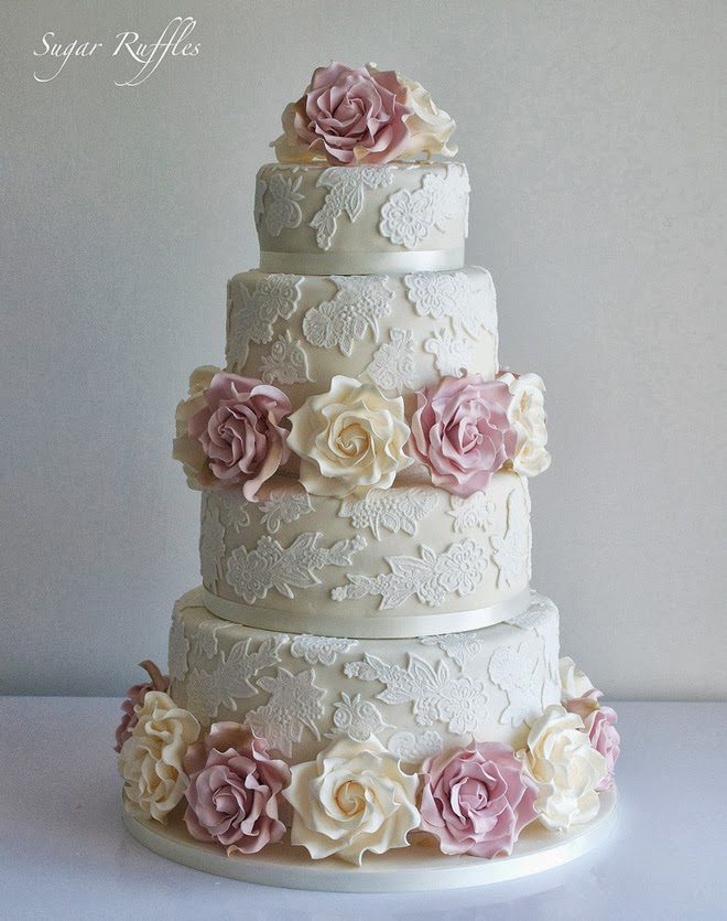 Lace Design Wedding Cake : Gorgeous Lace Wedding Cakes The Wedding Blog
