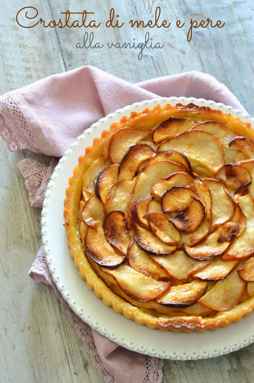 crostata di mele e pere alla vaniglia