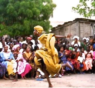 dancer Senegal: simplelivingeating.com